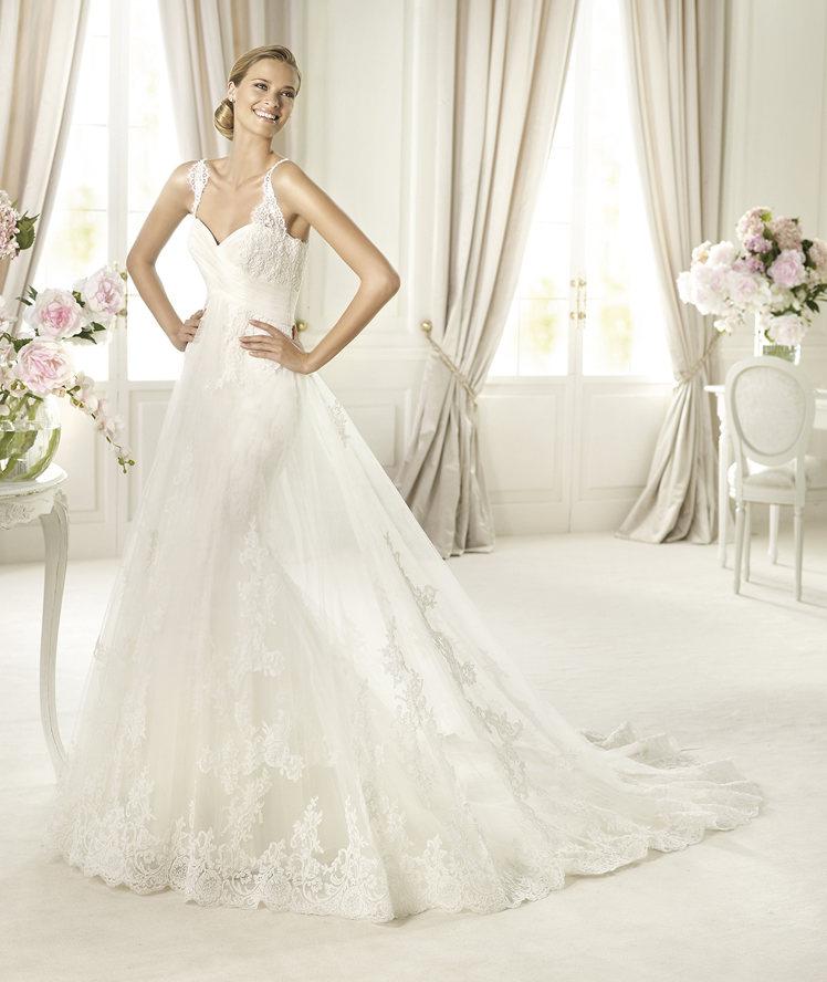 Wedding Dresses, Sweetheart Wedding Dresses, Lace Wedding Dresses, Fashion, Lace, Sweetheart, Empire, Tulle, Pronovias, Sleeveless, lace straps, Pronovias Costura, tulle wedding dresses