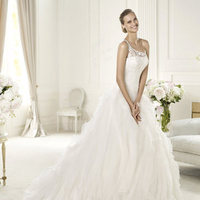 Wedding Dresses, Fashion, Pronovias, Organza, ruffled skirt, soft tulle, organza wedding dresses, beaded strap, asymmetric neckline, Pronovias Dreams, cornelli bodice, beaded details