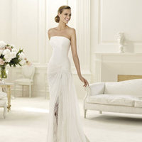 Wedding Dresses, Fashion, Strapless, Strapless Wedding Dresses, Chiffon, Pronovias, high slit, Pronovias Fashion, knotted waist, Chiffon Wedding Dresses
