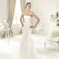 Wedding Dresses, A-line Wedding Dresses, Fashion, Strapless, Strapless Wedding Dresses, A-line, Chiffon, Pronovias, ruched bodice, Pronovias Fashion, Chiffon Wedding Dresses