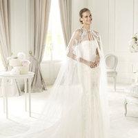 Wedding Dresses, Lace Wedding Dresses, Fashion, Mermaid, Lace, Strapless, Strapless Wedding Dresses, Tulle, Pronovias, Pronovias Fashion, tulle cape, tulle wedding dresses