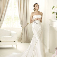 Wedding Dresses, Fashion, Strapless, Strapless Wedding Dresses, Satin, Pronovias, Pleats, mermaid skirt, Pronovias Glamour, star shaped gemstones, satin wedding dresses