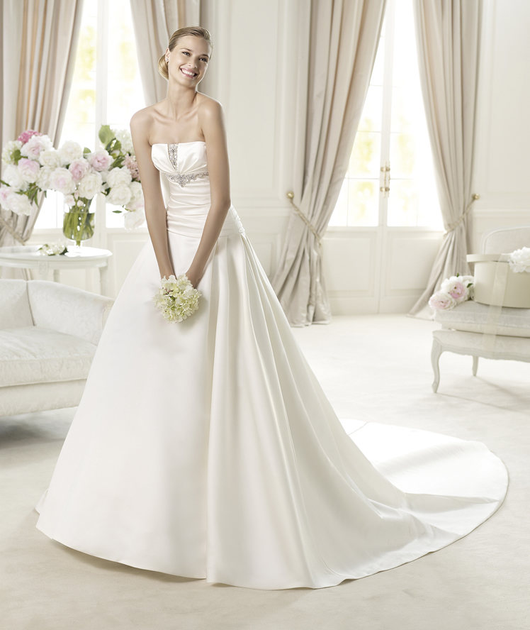 Strapless, Beading, Satin, Pronovias, Pleats, ruched bodice, Pronovias Glamour