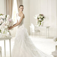 Wedding Dresses, One-Shoulder Wedding Dresses, Fashion, Beading, Pronovias, Frills, One-shoulder, dropped waist, layered skirt, Beaded Wedding Dresses, beaded strap, Pronovias Glamour
