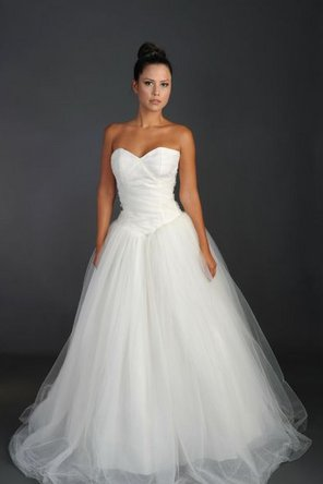Wedding Dresses, Sweetheart Wedding Dresses, Ball Gown Wedding Dresses, Fashion, white, Sweetheart, Strapless, Strapless Wedding Dresses, Tulle, Ribbons, Sashes, Dropped, Sleeveless, Ball gown, Rania hatoum, floor length, tulle wedding dresses