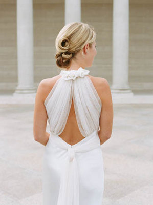 Beauty, Romantic Wedding Dresses, Fashion, Real Weddings, Wedding Style, white, Updo, Spring Weddings, City Real Weddings, Classic Real Weddings, Spring Real Weddings, City Weddings, Classic Weddings