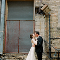 1375610884_thumb_1370321557_real-wedding_amanda-and-john-austin_16