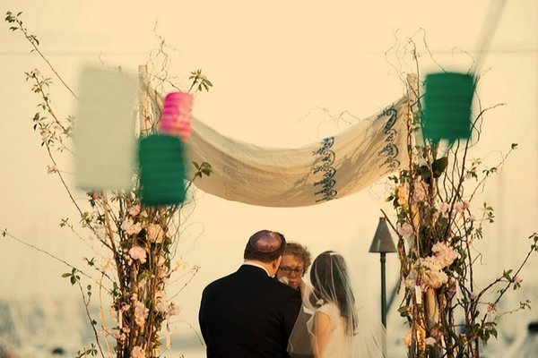 Flowers & Decor, Real Weddings, Wedding Style, Ceremony Flowers, West Coast Real Weddings, Shabby Chic Real Weddings, Shabby Chic Weddings, cultural real weddings, cultural weddings
