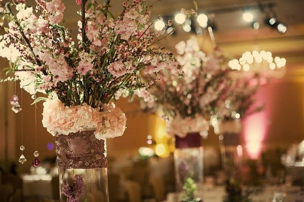 Tall Centerpieces Adorned The Three Long Family Tables The Chinoiserie Fabric From The Bouquets