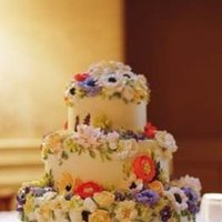 Cakes, Real Weddings, Wedding Style, yellow, Floral Wedding Cakes, Spring Wedding Cakes, Wedding Cakes, Northeast Real Weddings, Spring Weddings, City Real Weddings, Classic Real Weddings, Spring Real Weddings, City Weddings, Classic Weddings