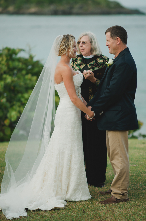 Ceremony, Destination Weddings, Beach Real Weddings, Beach wedding, Destination Real Weddings, Island Weddings, Island Real Weddings