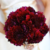Flowers & Decor, Real Weddings, Wedding Style, red, Bride Bouquets, West Coast Real Weddings, City Real Weddings, Glam Real Weddings, City Weddings, Glam Weddings