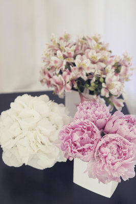 Flowers & Decor, Destinations, Real Weddings, Wedding Style, pink, Europe, Centerpieces, Spring Weddings, Classic Real Weddings, Spring Real Weddings, Classic Weddings, Spring Wedding Flowers & Decor, Pastel