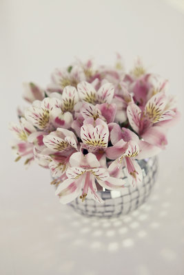 Flowers & Decor, Destinations, Real Weddings, Wedding Style, pink, Europe, Centerpieces, Spring Weddings, Classic Real Weddings, Spring Real Weddings, Classic Weddings, Spring Wedding Flowers & Decor