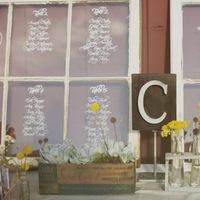 Flowers & Decor, Real Weddings, Wedding Style, Rustic Real Weddings, West Coast Real Weddings, Eco-Friendly Real Weddings, Eco-Friendly Weddings, Rustic Weddings, Rustic Wedding Flowers & Decor, Vintage Wedding Flowers & Decor, Wedding signs