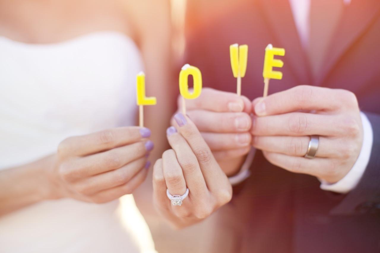 Real Weddings, Wedding Style, Rustic Real Weddings, West Coast Real Weddings, Eco-Friendly Real Weddings, Eco-Friendly Weddings, Rustic Weddings, Wedding signs