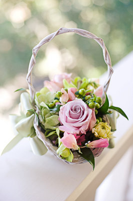 Flowers & Decor, Real Weddings, Wedding Style, pink, green, Ceremony Flowers, Summer Weddings, West Coast Real Weddings, Garden Real Weddings, Summer Real Weddings, Garden Weddings, Garden Wedding Flowers & Decor, Summer Wedding Flowers & Decor