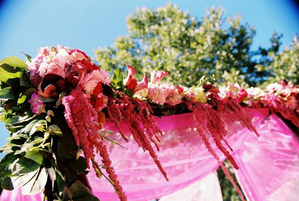Flowers & Decor, Real Weddings, Wedding Style, pink, Ceremony Flowers, Summer Weddings, West Coast Real Weddings, Summer Real Weddings, Summer Wedding Flowers & Decor