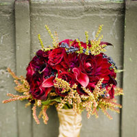 Flowers & Decor, Real Weddings, red, Fall Weddings, Fall Real Weddings, Midwest Real Weddings, Bride bouquet, illinois weddings, illinois real weddings