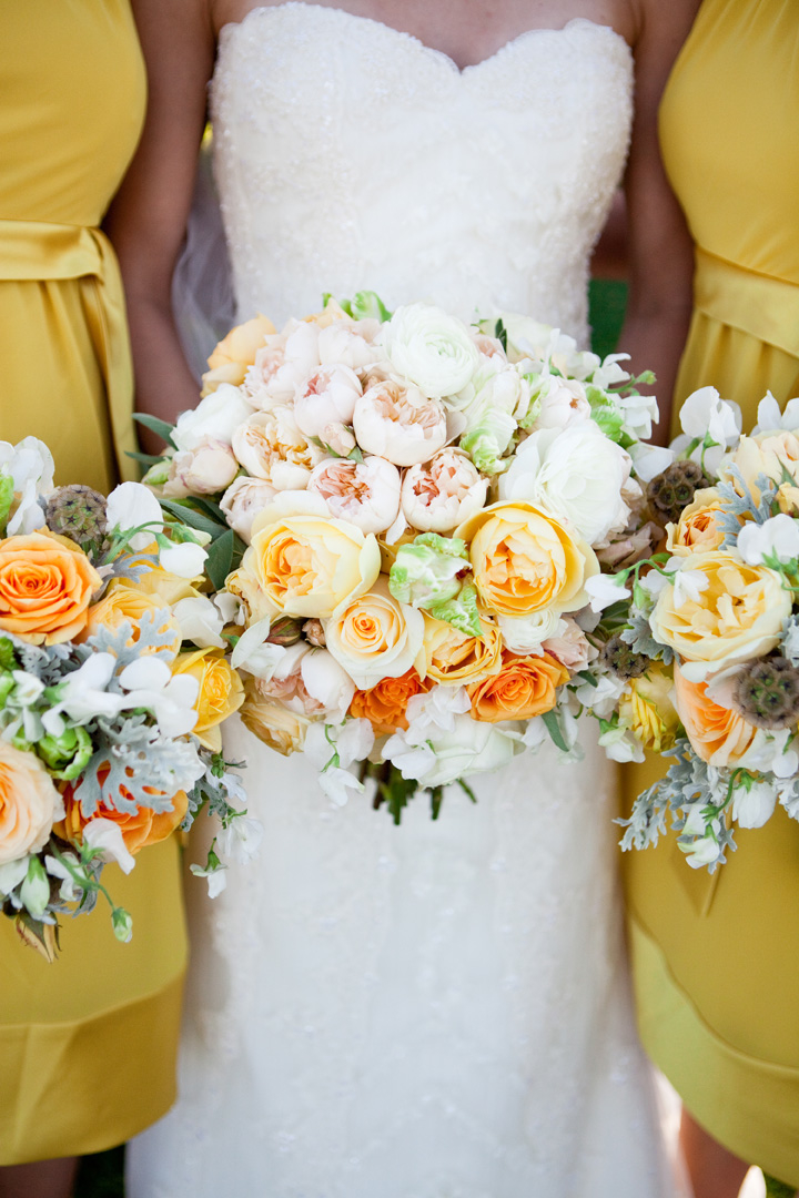 Flowers & Decor, Real Weddings, Wedding Style, white, yellow, Bridesmaid Bouquets, Summer Weddings, West Coast Real Weddings, Garden Real Weddings, Summer Real Weddings, Garden Weddings, Summer Wedding Flowers & Decor