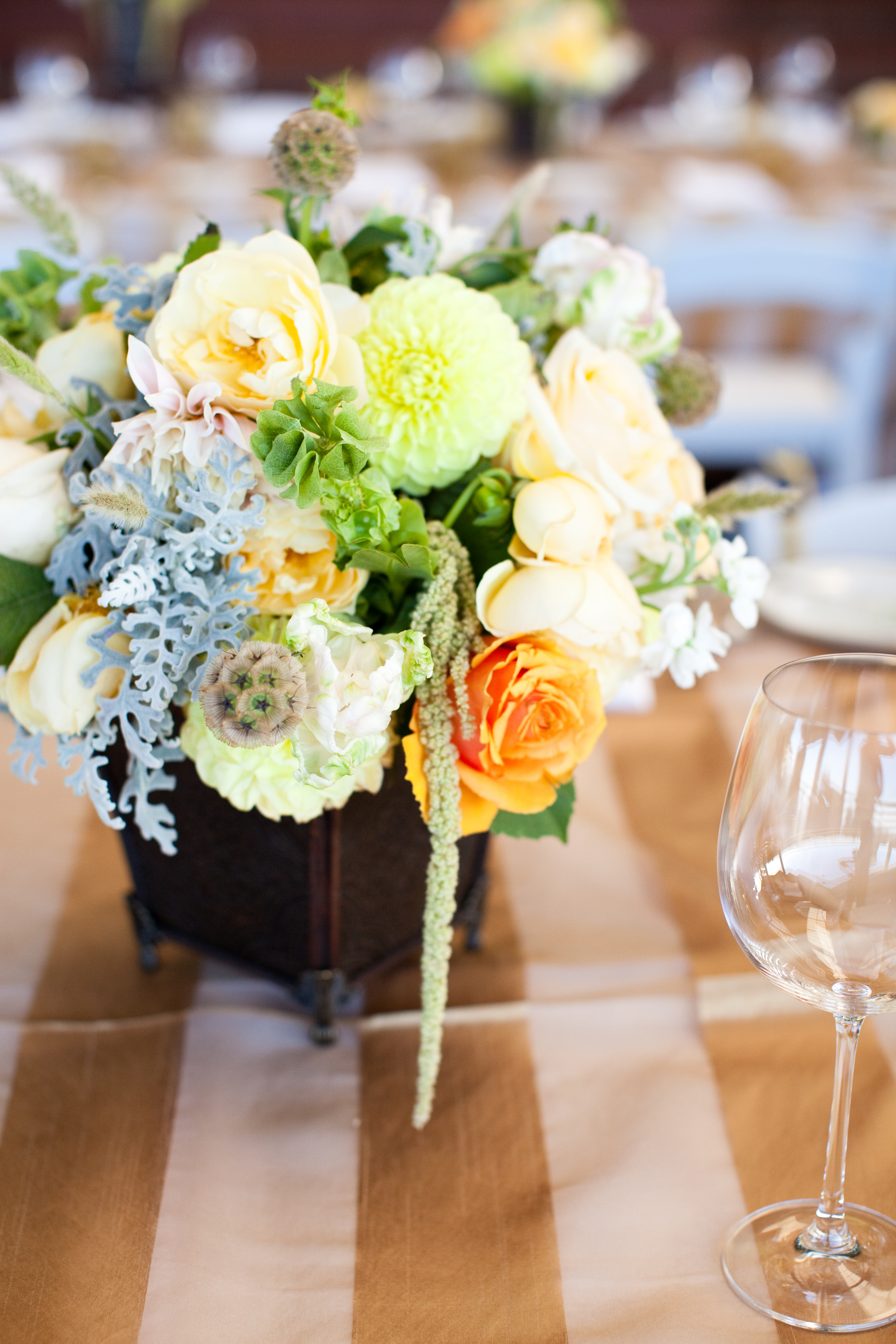 Flowers & Decor, Real Weddings, Wedding Style, yellow, Centerpieces, Summer Weddings, West Coast Real Weddings, Garden Real Weddings, Summer Real Weddings, Garden Weddings, Summer Wedding Flowers & Decor