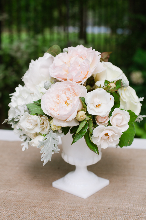 Flowers & Decor, Real Weddings, Wedding Style, white, Southern Real Weddings, Summer Weddings, Garden Real Weddings, Summer Real Weddings, Garden Weddings, Garden Wedding Flowers & Decor, Summer Wedding Flowers & Decor, Pastel