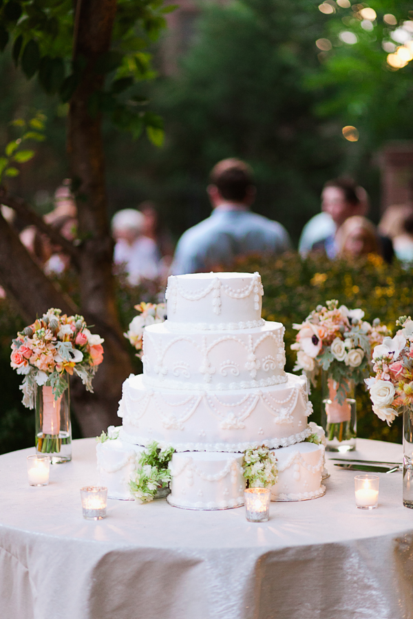 Cakes, Real Weddings, Wedding Style, white, Garden Wedding Cakes, Southern Real Weddings, Summer Weddings, Garden Real Weddings, Summer Real Weddings, Garden Weddings, Pastel