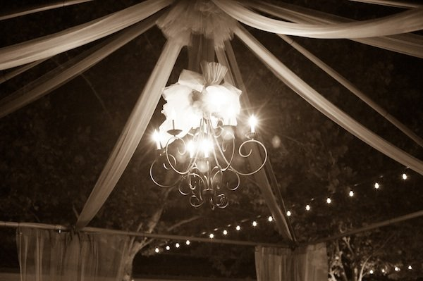 Flowers & Decor, Real Weddings, Wedding Style, Lighting, Fall Weddings, West Coast Real Weddings, Fall Real Weddings, Vineyard Real Weddings, Vineyard Weddings, Chandeliers