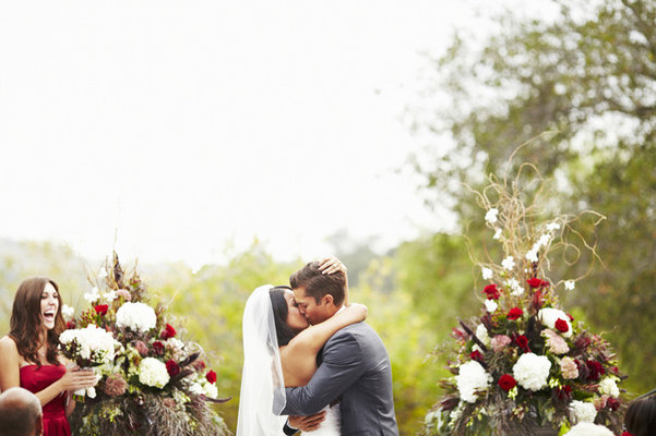 Flowers & Decor, Real Weddings, Wedding Style, red, Ceremony Flowers, West Coast Real Weddings, Classic Real Weddings, Glam Real Weddings, Classic Weddings, Glam Weddings, Classic Wedding Flowers & Decor