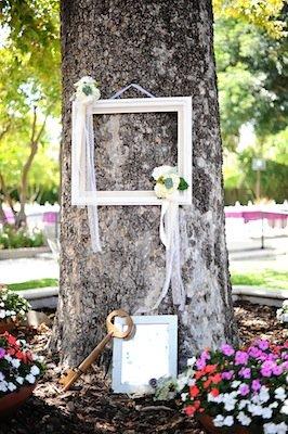 Flowers & Decor, Real Weddings, Wedding Style, Modern Real Weddings, West Coast Real Weddings, Modern Weddings, Vintage Wedding Flowers & Decor