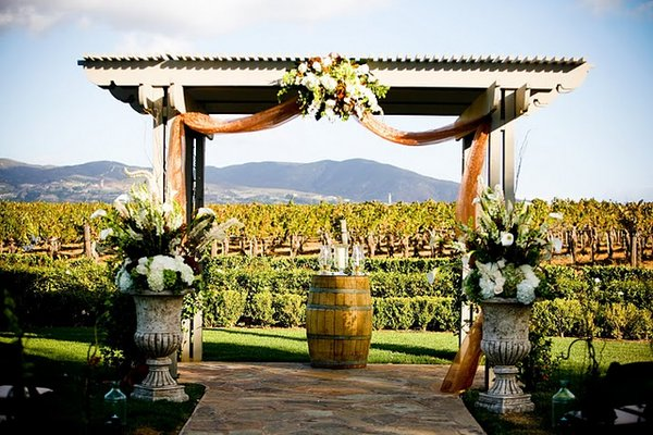 Flowers & Decor, Real Weddings, Wedding Style, Ceremony Flowers, West Coast Real Weddings, Vineyard Real Weddings, Vineyard Weddings, Vineyard Wedding Flowers & Decor