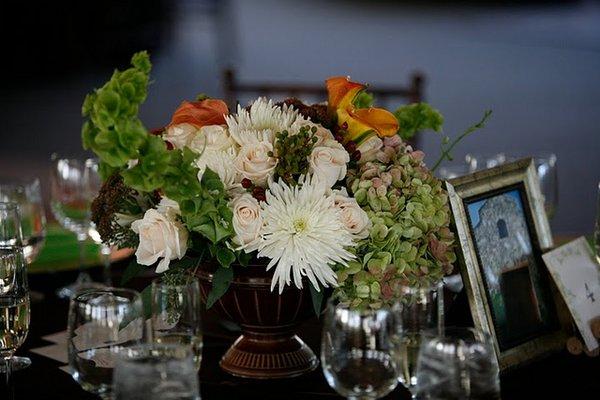 Flowers & Decor, Real Weddings, Wedding Style, Centerpieces, West Coast Real Weddings, Vineyard Real Weddings, Vineyard Weddings, Vineyard Wedding Flowers & Decor