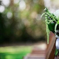 Flowers & Decor, Real Weddings, Wedding Style, green, Ceremony Flowers, Aisle Decor, West Coast Real Weddings, Garden Real Weddings, Garden Weddings