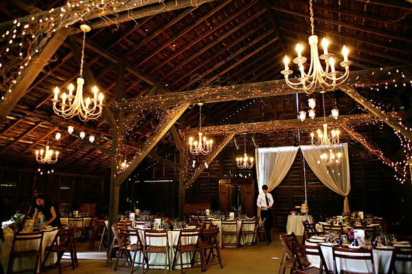Flowers & Decor, Real Weddings, Wedding Style, brown, Lighting, West Coast Real Weddings, Garden Real Weddings, Garden Weddings, Chandelier, Chandeliers