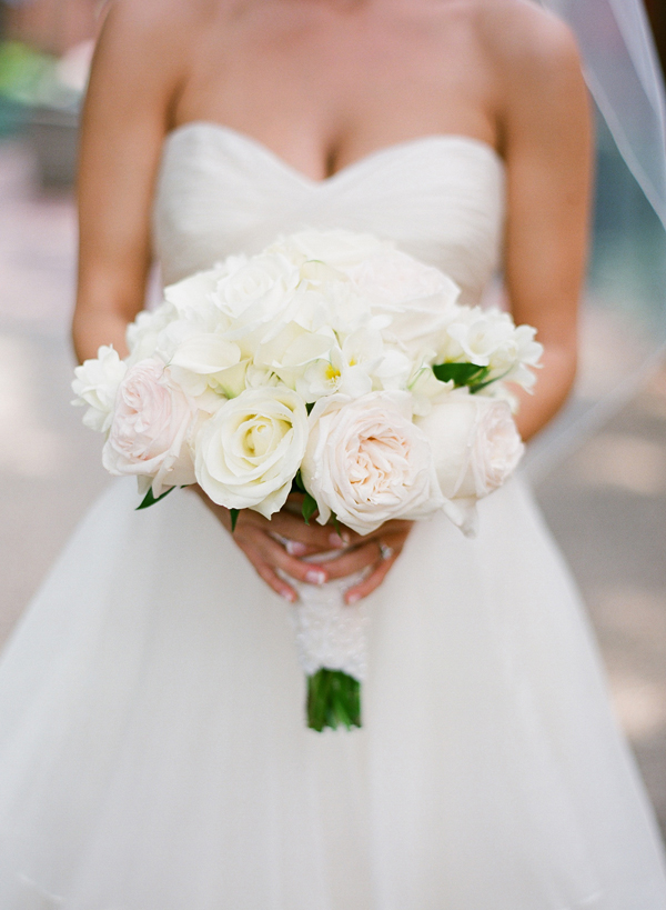 Flowers & Decor, Real Weddings, Wedding Style, white, ivory, Bride Bouquets, Southern Real Weddings, Classic Real Weddings, Classic Weddings, Classic Wedding Flowers & Decor, Spring Wedding Flowers & Decor, Summer Wedding Flowers & Decor, Southern weddings