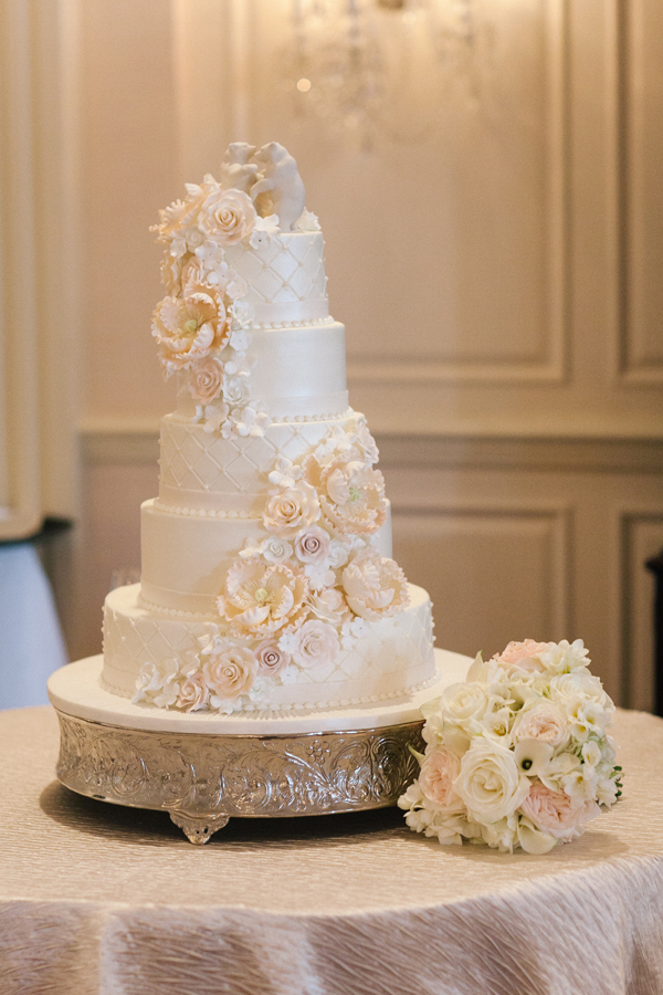Cakes, Real Weddings, Wedding Style, white, ivory, Classic Wedding Cakes, Floral Wedding Cakes, Wedding Cakes, Southern Real Weddings, Classic Real Weddings, Classic Weddings