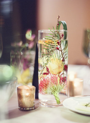 Flowers & Decor, Real Weddings, Wedding Style, Centerpieces, Modern Real Weddings, Summer Weddings, West Coast Real Weddings, Summer Real Weddings, Modern Weddings, Modern Wedding Flowers & Decor, Summer Wedding Flowers & Decor