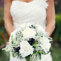 Flowers & Decor, Real Weddings, Wedding Style, white, Spring Weddings, Classic Real Weddings, Midwest Real Weddings, Spring Real Weddings, Classic Weddings, Classic Wedding Flowers & Decor, Spring Wedding Flowers & Decor