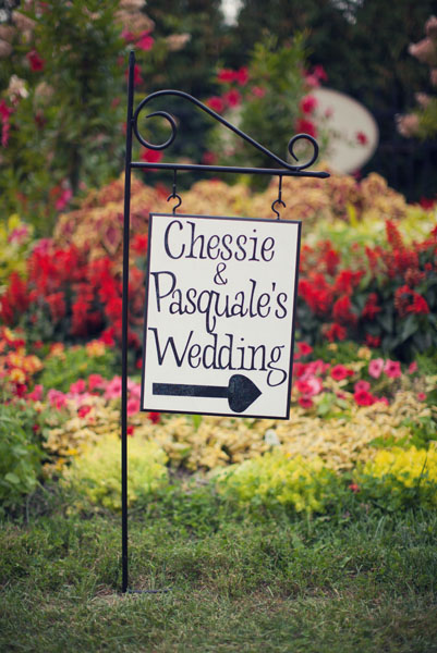 Flowers & Decor, Real Weddings, Wedding Style, Spring Weddings, Classic Real Weddings, Midwest Real Weddings, Spring Real Weddings, Classic Weddings, Classic Wedding Flowers & Decor, Garden Wedding Flowers & Decor, Spring Wedding Flowers & Decor, Wedding signs
