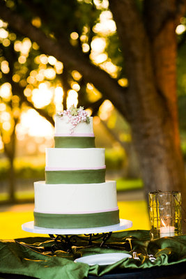 Cakes, Real Weddings, Wedding Style, green, Vineyard Wedding Cakes, Wedding Cakes, Summer Weddings, West Coast Real Weddings, Summer Real Weddings, Vineyard Real Weddings, Vineyard Weddings