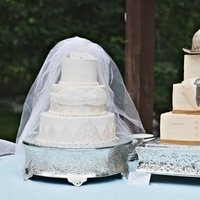 Cakes, Real Weddings, Wedding Style, Wedding Cakes, Groom's Cakes, Summer Weddings, Midwest Real Weddings, Summer Real Weddings, Tan