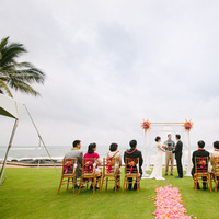 Ceremony, Real Weddings, pink, Destination Weddings, Beach, Summer Weddings, Summer Real Weddings, Intimate, Oceanside, Destination Real Wedding, Hawaiian Real Wedding, Hawaiian Weddings, Tropical Weddings, Tropical Real Weddings