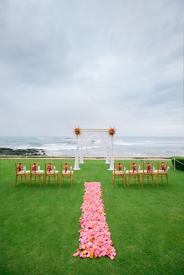 Ceremony, Real Weddings, pink, Destination Weddings, Beach, Summer Weddings, Summer Real Weddings, Arch, Ocean, Aisle, Intimate, Destination Real Wedding, Hawaiian Real Wedding, Hawaiian Weddings, Tropical Weddings, Tropical Real Weddings