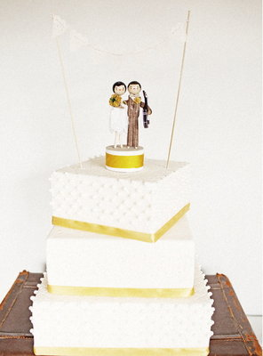 Cakes, Real Weddings, Wedding Style, yellow, Modern Wedding Cakes, Square Wedding Cakes, Wedding Cakes, Cake Toppers, Modern Real Weddings, Summer Weddings, West Coast Real Weddings, City Real Weddings, Summer Real Weddings, City Weddings, Modern Weddings