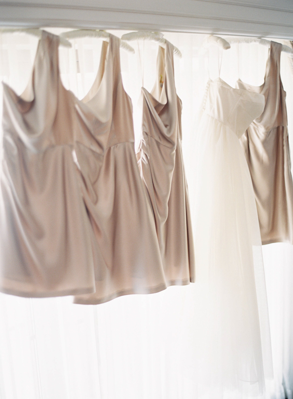 Bridesmaids Dresses, Real Weddings, Summer Real Weddings, Champagne, Beige, Summer wedding, Taupe, East Coast Real Weddings, East Coast Weddings, Picnic Real Wedding, Picnic Wedding, Sophisticated Real Weddings, Sophisticated Weddings