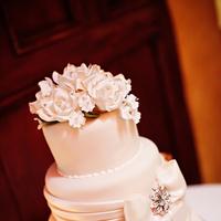 Cakes, Real Weddings, Wedding Style, white, Classic Wedding Cakes, Floral Wedding Cakes, Wedding Cakes, Southern Real Weddings, Classic Real Weddings, Classic Weddings