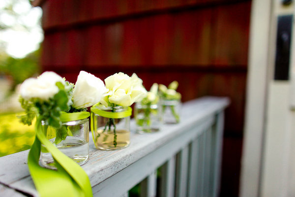 Flowers & Decor, Real Weddings, Wedding Style, white, Ceremony Flowers, Northeast Real Weddings, Rustic Real Weddings, Summer Weddings, Summer Real Weddings, Rustic Weddings, Summer Weddings Flowers & Decor