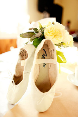 Flowers & Decor, Fashion, Real Weddings, Wedding Style, ivory, yellow, Northeast Real Weddings, Rustic Real Weddings, Summer Weddings, Summer Real Weddings, Rustic Weddings, Summer Wedding Flowers & Decor, wedding shoes