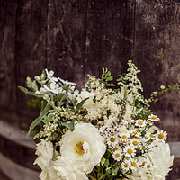 Flowers & Decor, Real Weddings, Wedding Style, white, Bridesmaid Bouquets, Spring Weddings, West Coast Real Weddings, Garden Real Weddings, Spring Real Weddings, Garden Weddings, Garden Wedding Flowers & Decor, Summer Wedding Flowers & Decor
