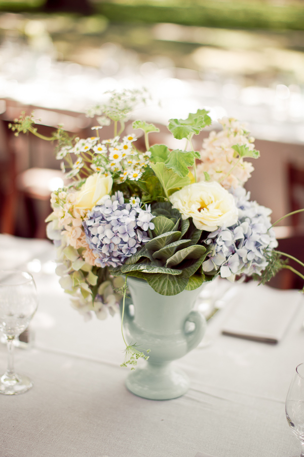 Flowers & Decor, Real Weddings, Wedding Style, Centerpieces, Spring Weddings, West Coast Real Weddings, Garden Real Weddings, Spring Real Weddings, Garden Weddings, Garden Wedding Flowers & Decor, Spring Wedding Flowers & Decor, Vintage Wedding Flowers & Decor, Pastel